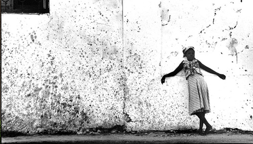 MOZAMBIQUE: EXPLORING THE IN BETWEEN - Mostra fotografica delle opere di Mohamed Amin e Moira Forjaz