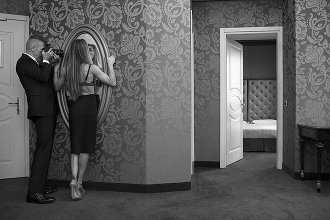 Toni Thorimbert - senza didascalia. Toni Thorimbert - Seduction of Photography. SI FEST - SEDUZIONI Fascinazione e mistero.