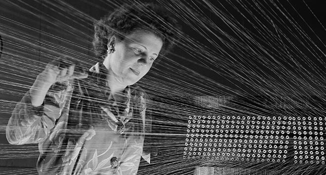 ANDRÉ KERTÉSZ - Fondazione Carisbo - Casa Saraceni. American Viscose Corporation, Marcus Hook, Pennsylvania, 1944. Donation André Kertész, Ministère de la Culture (France), Médiathèque