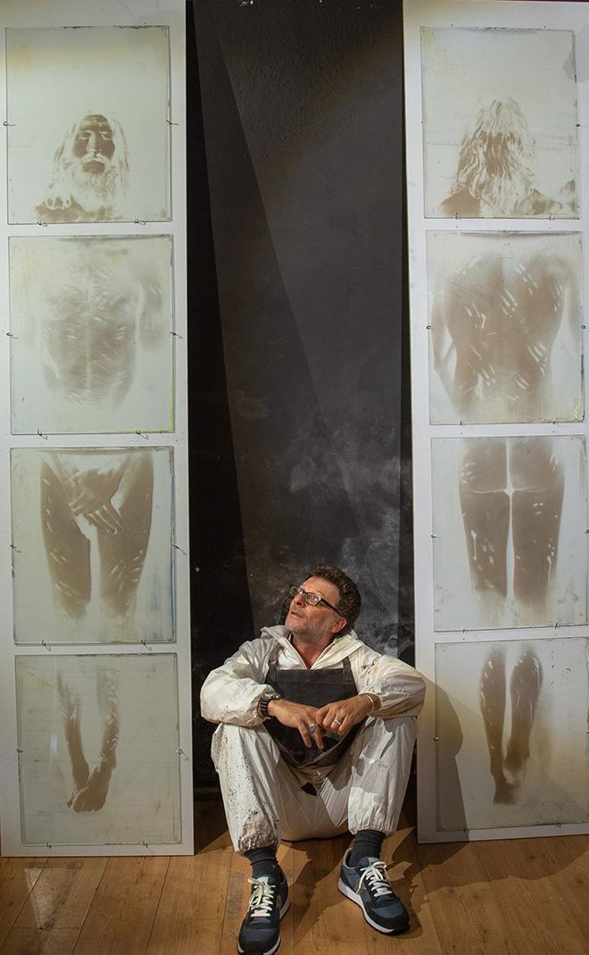 Danilo Mauro Malatesta - In dialogo con la Sindone, OMBRE DI LUCE, exhibition view