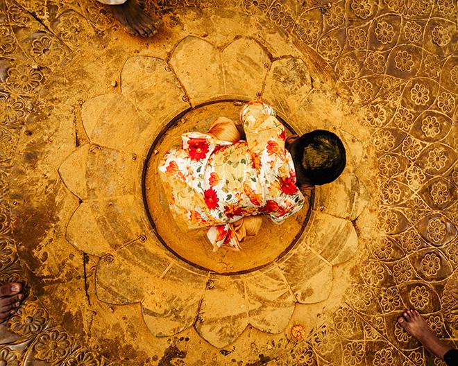 Jatin Khandelwal - Circle of Joy, 2019, Jejuri, cm 37x46