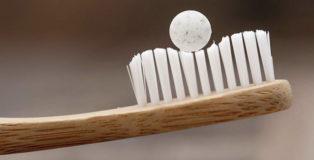 Change Toothpaste - Il dentifricio plastic free
