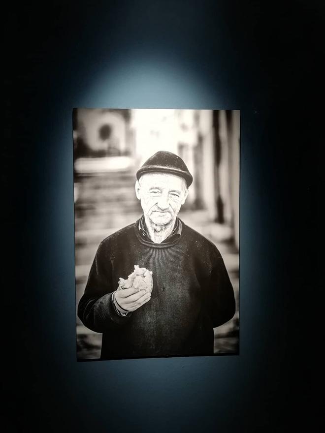 Pino Bertelli - I volti di Poietika, installation view, Palazzo GIL, Campobasso