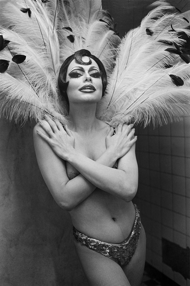 ANDRÉ GELPKE - Senza titolo, dalla serie (Sesso, teatro e carnevale/Untitled, from the series Sex Theater und Karneval), 1980 © André Gelpke / Switzerland