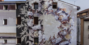 Borondo - L O R E B E L T Z A, mixed media on wall, 2018 / 2019, Vitoria - Gasteiz. photo credit: Vincent Cornelli (@streetlayers)