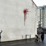 L'amore ai tempi di Banksy: il nuovo murale a Bristol