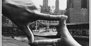Shunk-Kender. John Baldessari, Pier 18, New York, 1971 Donazione della Roy Lichtenstein Foundation in memoria di Harry Shunk e Janos Kender Foto: Shunk-Kender © J. Paul Getty Trust. Tutti i diritti riservati