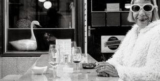 Colmar Wocke - The Two Swans, PEOPLE, URBAN 2019 Photo Awards