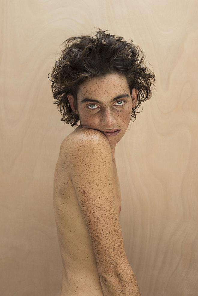 Isabelle Chapuis - VIVANT-QUENTIN, From the series ALIVE , Particular Merit Mention, AAP Magazine 10 Portrait