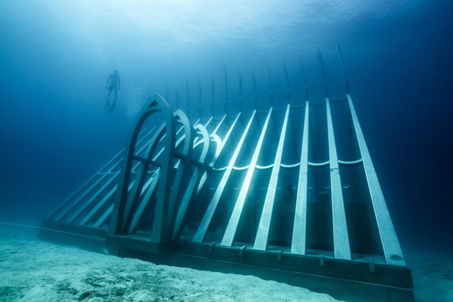 The Coral Greenhouse, MOUA, Great Barrier Reef, Australia. Jason Decaires Taylor - MOUA (Museum of Underwater Art)