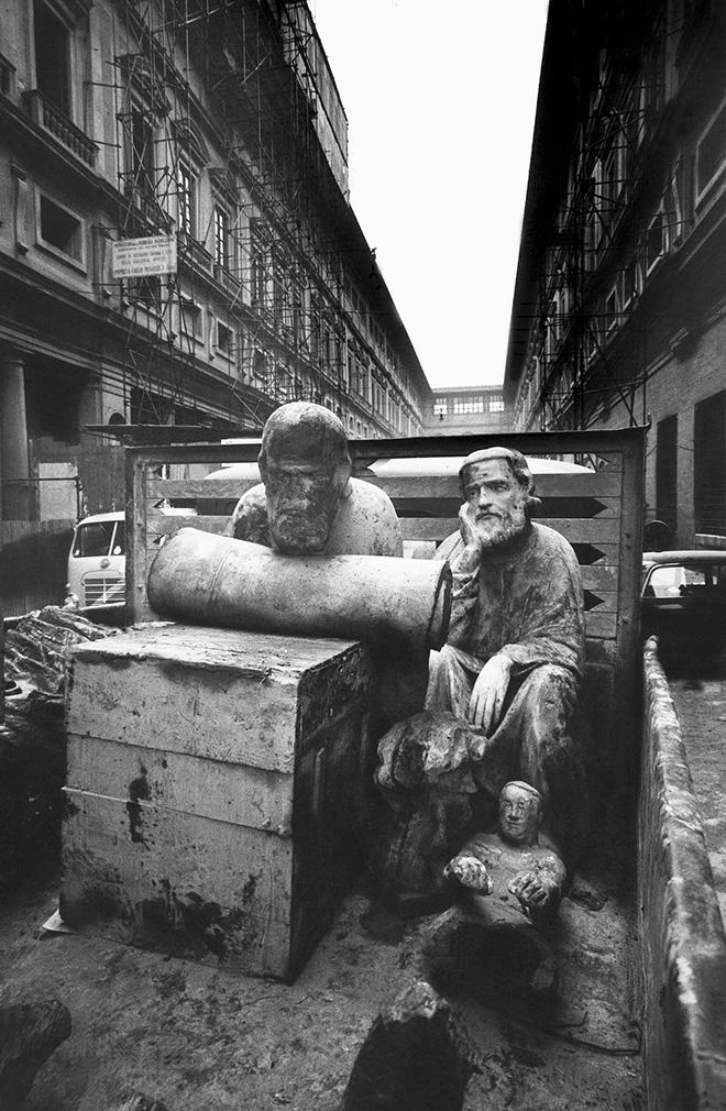 ©Giorgio Lotti - Alluvione di Firenze, 4 novembre 1966
