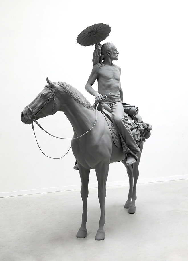 Hans Op de Beeck - The Horseman, 2020. polyestere, acciaio, poliammide, ottone, rivestimento 194 x 92 x 243 cm, 2020. Courtesy: the artist and GALLERIA CONTINUA Photo by: Studio Hans Op de Beeck