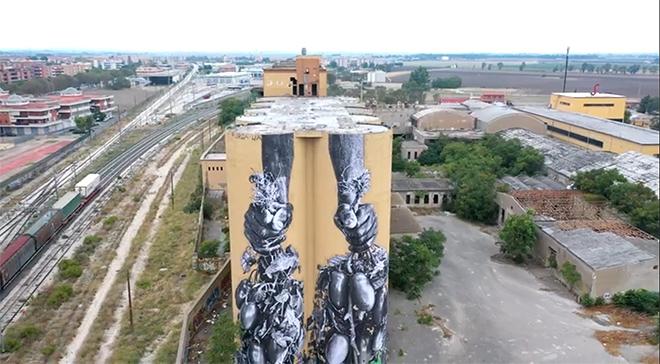 Alessandro Tricarico - Solo Braccia, poster art murale a Foggia