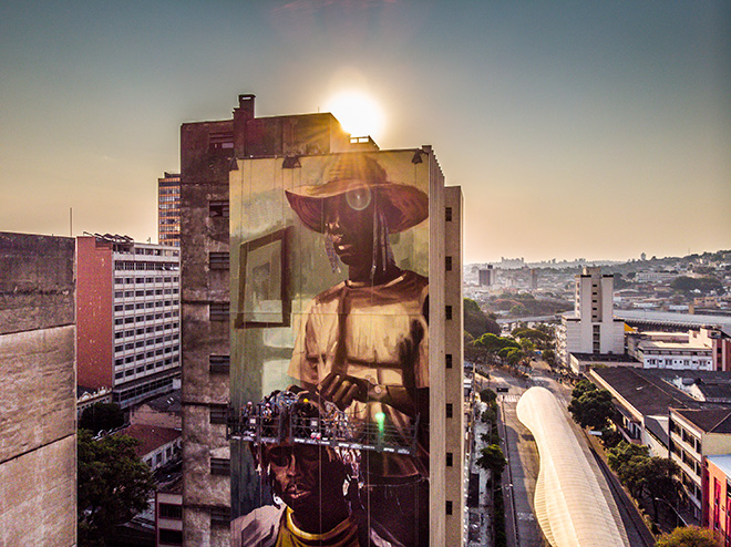 Diego Mouro - Mural for CURA - Urban Art Circuit, Belo Horizonte (Brazil). photo credit: Instagrafite