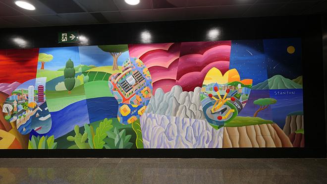 Philip Stanton - The colours of the gratitude, mural (stazione Guinardó / Hospital de Sant Pau), Barcellona. photo credit: ©Guillermo Cruz