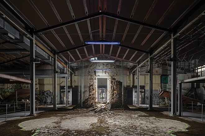 TRAC - Tresoldi Academy - Cerimonia, installazione site-specific, area dell'ex Mercatone Uno a Bologna. photo credit: ©Roberto Conte