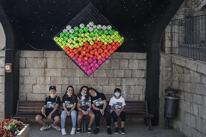 UNO - Cvtà Street Fest 2020, Civitacampomarano. Colorful and playful site-specific work of UNO. Ph. @UNO