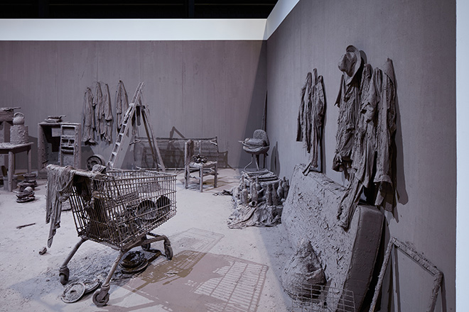 Chen Zhen - Purification Room, 2000 (detail) Installation view, Pirelli HangarBicocca, Milan, 2020. © ADAGP, Paris. Courtesy Pirelli HangarBicocca, Milan, and GALLERIA CONTINUA. Photo: Agostino Osio.
