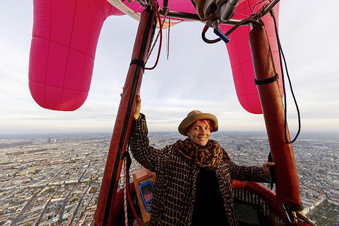 Flying Udder - A social sculpture by Barbara Anna Husar. photo credit: Regina Hügli