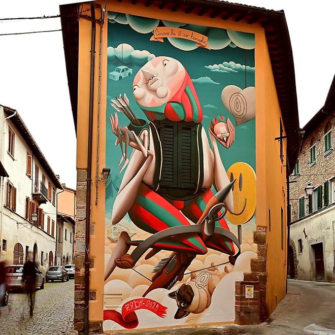Zed1 - Ciascuno ha il suo bersaglio, murale a San Sepolcro (AR), Italy, 2020. photo credit: Thomas K. (@tekappa)