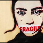 Street art contro la solitudine: la mostra diffusa di Ache 77 per Voce Amica Firenze