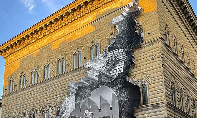 "JR – ""La Ferita"", Palazzo Strozzi"