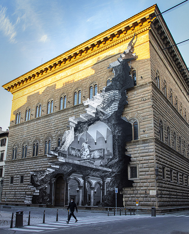 JR - La Ferita, Palazzo Strozzi, Firenze. ©photo by JR
