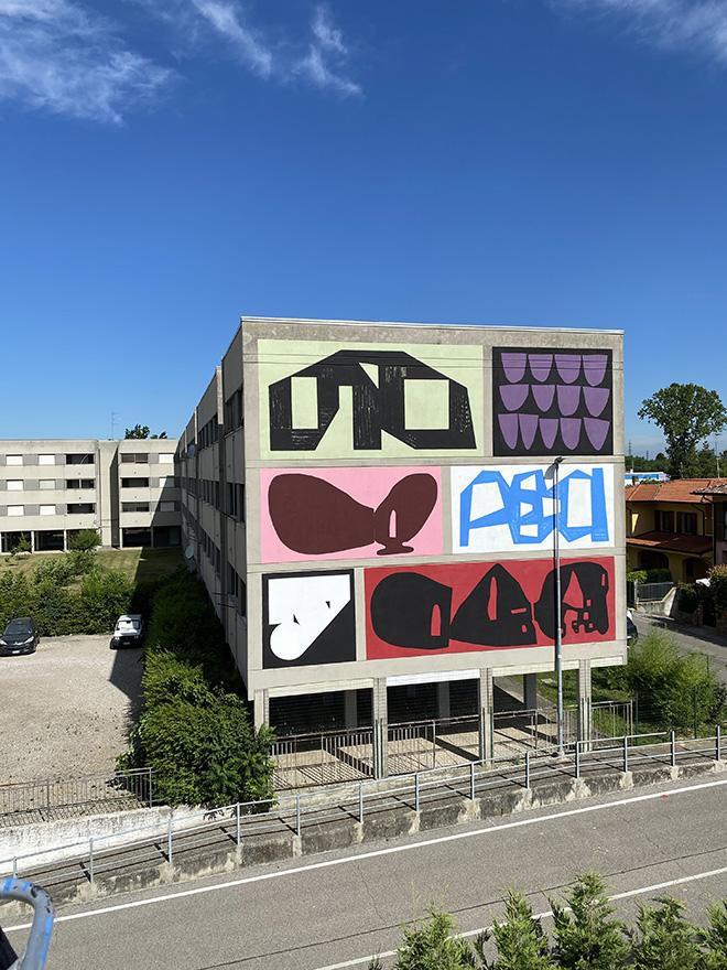 Erosie + 108 - Aperta: Combo Wall di Erosie e 108, Mantova per Without Frontiers, Lunetta a Colori, 2021