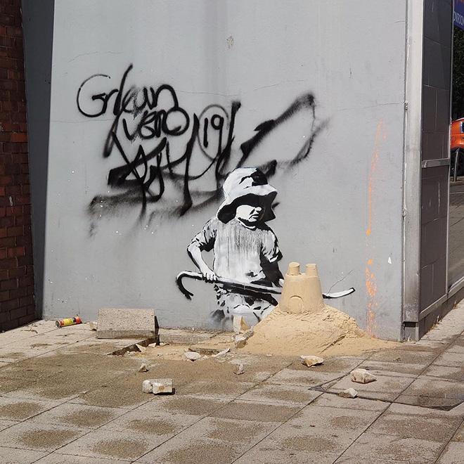 Banksy - Stencil, London Road North and Regent Road, Lowestoft, UK