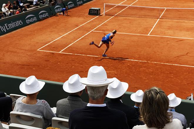 Roland-Garros, Paris, FRANCE. 2016. © Martin Parr / Magnum Photos
