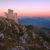 Rocca Calascio al crepuscolo. Scoprire l'Abruzzo, una regione tutta da fotografare. via: Adobe Stock