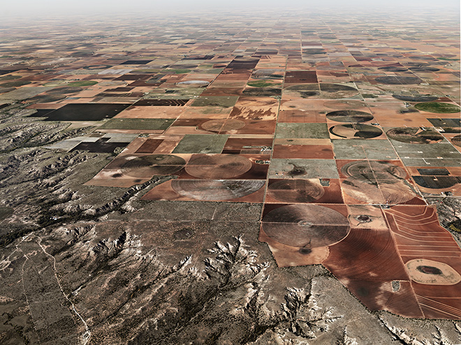 Pivot Irrigation #11, High Plains, Texas Panhandle, USA. Photo by Edward Burtynsky.